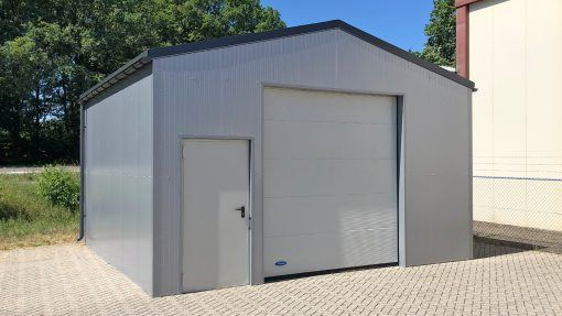 Storage building H606 insulated