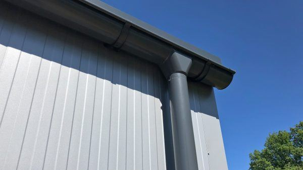 insulated-storage-building-rain-gutters-7016