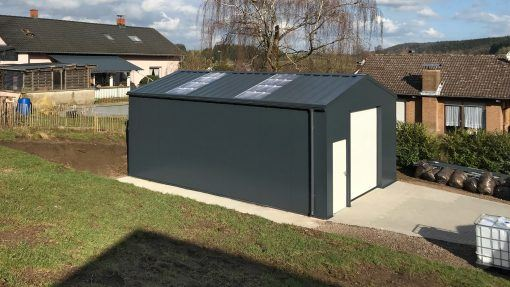 Storage building H612 insulated